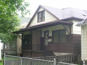 3 BR Side by Side Availbale on Simcoe