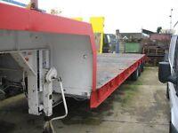 King TS35/3 Tri-Axle Semi Low Loader, Steel Suspension, Rear Power Steering
