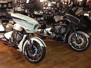 2016 Victory Magnum - Matte White or Crystal Black 2-tone