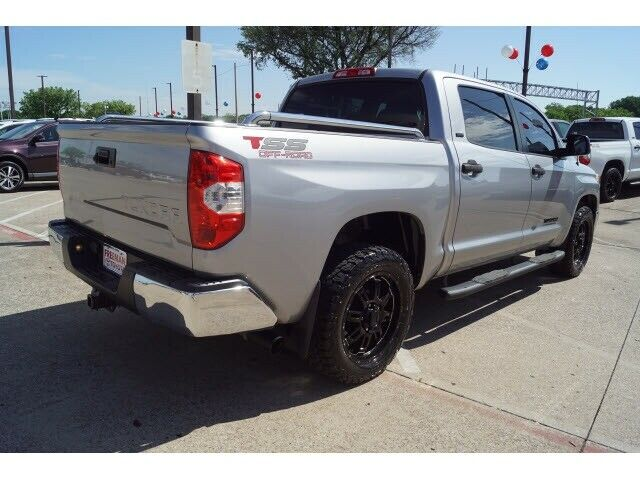 Image 4 Voiture American used Toyota Tundra 2017