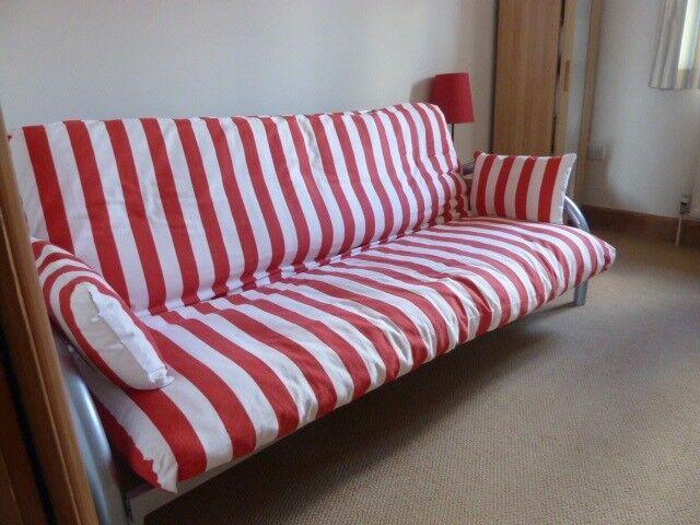 Fantastic Futon Sofa Bed In Milford Haven Pembrokeshire Gumtree Machost Co Dining Chair Design Ideas Machostcouk