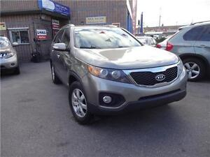 2013 Kia Sorento LX w/3rd Row/easy financing