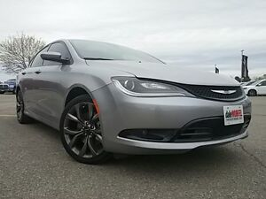 2015 Chrysler 200 S V6 LEDS HEATED SEATS PANO ROOF NAV KEYLESS London Ontario image 1