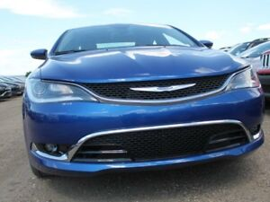 2016 Chrysler 200 DEMO SPECIAL / C / GPS Navigation / Back Up Ca