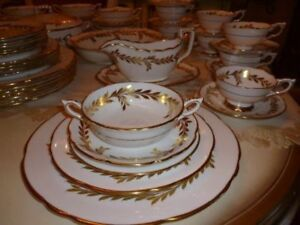Service de vaisselle Royal Stafford Westminster England (043)