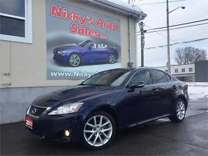 2011 Lexus IS 250 AWD, NAVIGATION, BACKUP-CAM, PADDLE SHIFT!