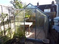 Second-hand greenhouse FREE