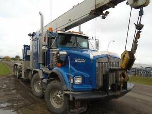 2005 Kenworth T800B T/A w/ Weldco HL30TC70 30 Ton Boom Truck