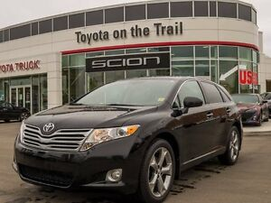 2011 Toyota Venza Limited, V6, AWD, Navigation, Leather, Heated