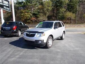 2011 MAZDA TRIBUTE 4WD...LOADED!! FACTORY REMOTE STARTER & MORE!