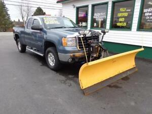 2010 GMC Sierra 2500HD SLE 6.0 GAS WITH OR WITHOUT PLOW