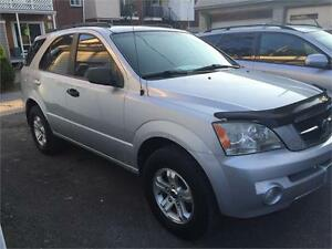 Belle Kia Sorento 2003,A/C.groupe elctric,Mag,4x4,special 1999$