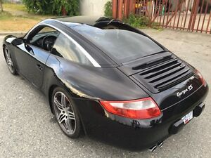 2008 Porsche 911 C4 S Targa Coupe (2 door)