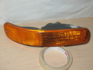 JEEP LIBERTY FEU DE POSITION SIGNAL PARKING LAMP LIGHT LUMIÈRE