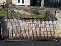 5 ANTIQUE RECLAIMED VICTORIAN WROUGHT IRON RAILINGS