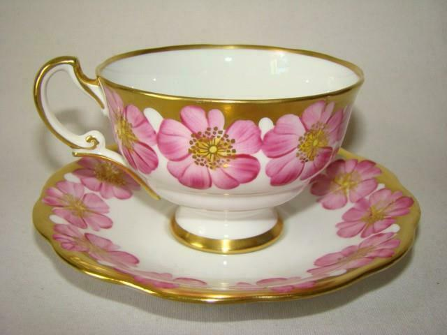 Vintage Hand Painted Gold & Pink Floral TEACUP & SAUCER SET, ROYAL STANDARD, 579