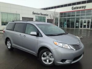 2017 Toyota Sienna LE 8 Pass FWD Backup Cam, Heated Seats, Power