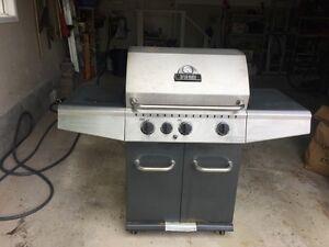 Broil Mate BBQ | 3 Burners + Side Burner/Warming Area