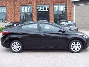 2014 Hyundai Elantra GL Sedan Price Drop To sell !! London Ontario image 4