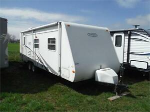 2006 Trail Sport 25S Ultra Lite Travel Trailer with Slideout