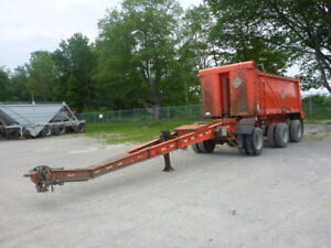 1995 Raglan 17 Ft Tri/A Pup Trailer