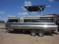 2015 Lowe Boats SS Pontoon 210 Privacy