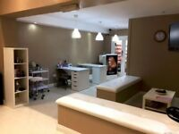 NEW SALON FOR RENT BATHGATE - £250 PW - Fully fitted - 4 hair stations/2 nail / 1 Large Beauty Room