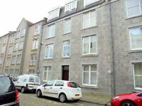 One Bedroom Flat in Ashvale Place close to Union Street, flat and communal areas are well presented