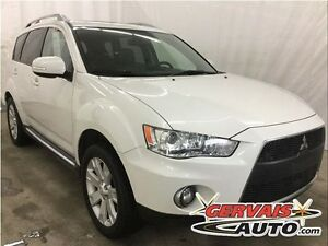Mitsubishi Outlander XLS V6 AWD Cuir Toit Ouvrant 7 Passagers MA