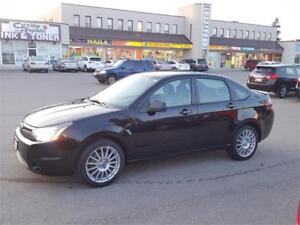 2010 FORD FOCUS SES BLACK BEAUTY LOADED WITH OPTIONS!
