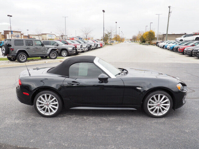 Image 4 Voiture American used Fiat 124 Spider 2017