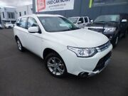 2015 Mitsubishi Outlander ZJ MY14.5 ES (4x2) White Continuous Variable Wagon Devonport Devonport Area Preview