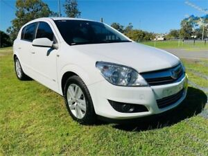 2007 Holden Astra AH MY07.5 CDX White 4 Speed Automatic Hatchback