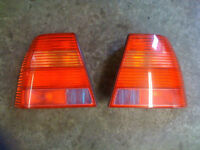 LUMIERES ARRIERE /TAILLIGHT JETTA MK4 2000 A 2004