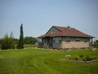 Beautiful Okotoks Acreage room for rent!