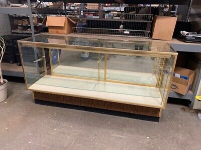 3 Section Glass Showroom Counter