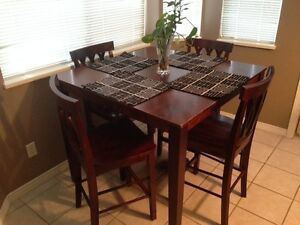 Dining Table & 4 Chair for sale(Free delivery)