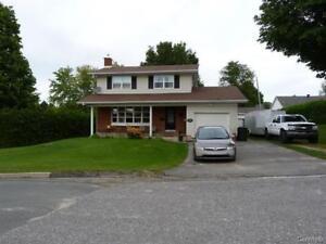 Maison à vendre Asbestos 159900$