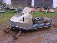 437cc Opposed Twin Snowmobile Motor---1972 Evinrude