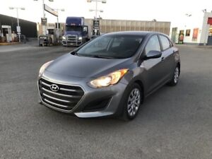 2016 Hyundai Elantra GT LOW KMS 46,000 Financing Available!