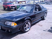 1987 Ford Mustang gt Coupe (2 door)