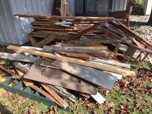 FREE Scrap wood for outdoor BON FIRES