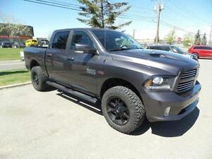 2016 Ram 1500 Sport Crew Cab Lifted Low KMS $0 Down Financing!!!