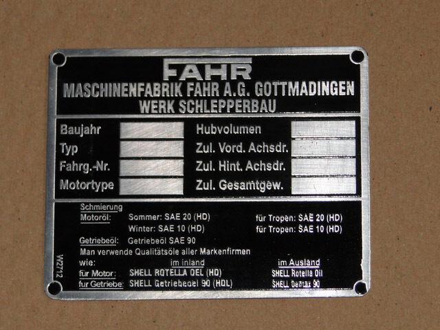 Fahr-Schild Typenschild D12 D15 D17 D22 D25 D130 D180H D177 D270 Traktor (11 Foto 1
