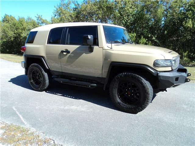 Image 3 Voiture American used Toyota FJ Cruiser 2013