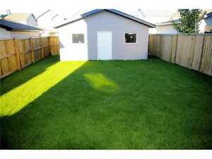 Immaculate 3-bedroom, 2-story; park/trail/lake steps away! Strathcona County Edmonton Area image 10