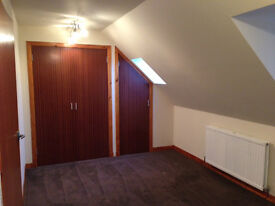 *AVAILABLE Now* One Bedroom Flat in Cupar, Part Furnished