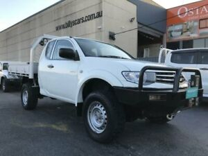 2014 Mitsubishi Triton MN MY15 GLX (4x4) White 5 Speed Manual Club Cab Chassis Revesby Bankstown Area Preview