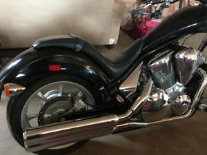 2010 HONDA FURY CHOPPER MOTORCYCLE VT1300CX
