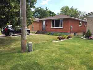 EVERYTHING INCLUDED, 3 BDRMS FOR AUG OR SEP CLEAN BEUTIFUL HOUSE